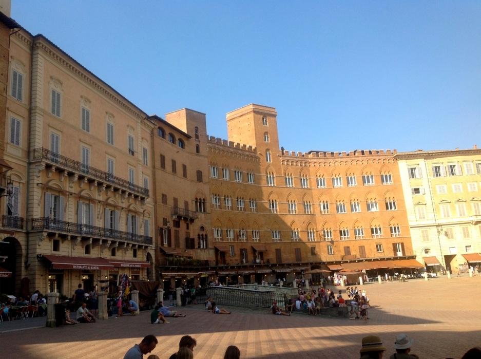 57. Piazza Del Campo